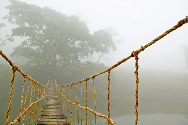 http://sinadata.persiangig.com/pictures4blogfa/bridge.jpg